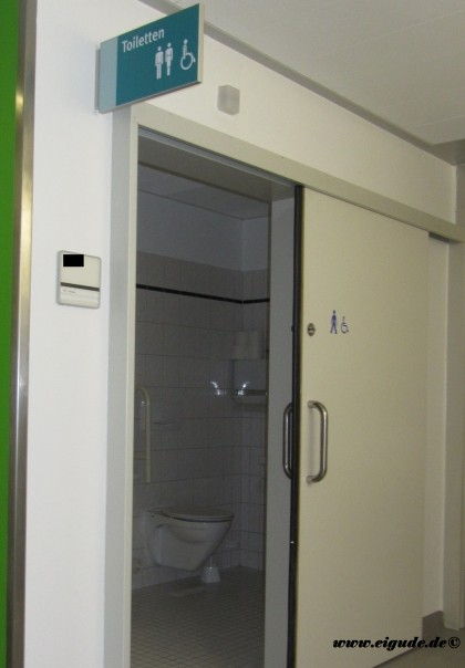 Disabled Wc Doors Amp Resco Toilet Partitions Wall Panelling